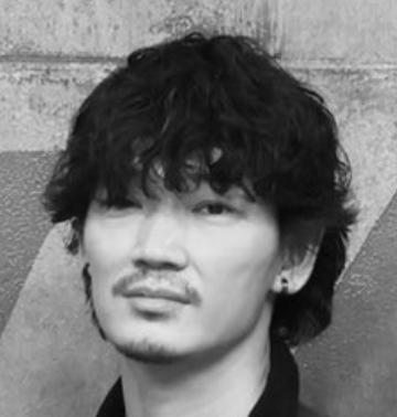 羽生誠一(綾野剛)